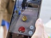 """Thế giới - Những tình huống """"điên rồ"""" khi chơi Pokemon Go"""