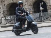 Thế giới xe - Ra mắt Vespa 946 Emporio Armani mới giá 379 triệu đồng