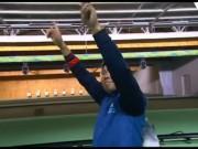 Thể thao - Tuột HCV 50m súng ngắn, Hoàng Xuân Vinh vẫn ăn mừng xúc động