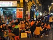 """Tin tức trong ngày - Hà Nội nên dỡ bỏ """"giờ giới nghiêm"""" ngay và luôn"""