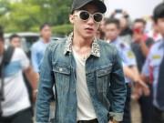 Giải trí - Sơn Tùng M-TP xuất hiện cực ngầu mặc 'bão' scandal