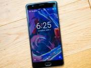 """Dế sắp ra lò - Top 6 smartphone pin """"trâu"""" nhất thị trường"""