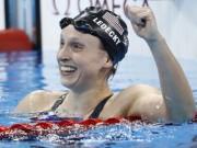 """Thể thao - Lập kỷ lục """"Ma tốc độ"""" 19 tuổi sánh ngang Phelps"""