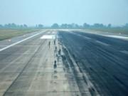 Tin tức trong ngày - Hằn lún cục bộ đường băng sân bay Nội Bài và Tân Sơn Nhất
