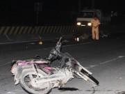 Tin tức trong ngày - Bị trọng thương do... lao xe vào hiện trường tai nạn