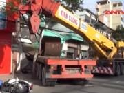 Video An ninh - Container gây tai nạn kinh hoàng, 2 người thương vong