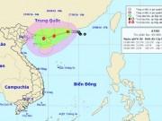 """Tin mới nhất về áp thấp nhiệt đới  """" kép """"  trên Biển Đông"""