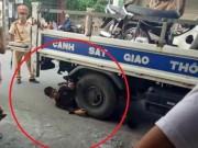 Tin tức trong ngày - Ôm bánh xe CSGT ăn vạ, nam thanh niên bị phạt bao nhiêu?