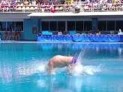 Thể thao - QUÁ TỆ: ĐKVĐ Olympic nhảy cầu kém trẻ tắm sông