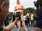 Thế giới - Mỹ: Tượng khỏa thân của Donald Trump gây sốt