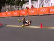 Thể thao - Tin nóng Olympic ngày 14: Bị tiêu chảy vẫn chạy bộ 50km về đích