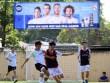 """Bóng đá """"phủi"""" Sài Gòn so tài nảy lửa săn vé đến Real Madrid"""