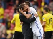 """Bóng đá - Conte gọi Chelsea là """"gia đình"""", hứa mua thêm trung vệ"""