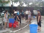 Tin tức trong ngày - Người HN nhịn tắm, đi vệ sinh nhờ vì mất nước 3 tháng ròng