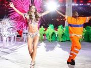Thời trang - Siêu mẫu Brazil đẹp như nữ thần ở bế mạc Olympic Rio