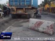 """Video An ninh - Container """"điên"""" gây tai nạn thảm khốc trên quốc lộ"""
