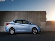 Hyundai Elantra 2013 thu hồi do lỗi đèn phanh