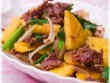 Chế biến thịt bò xào dứa với 3 bước đơn giản