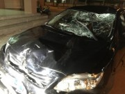 Tin tức trong ngày - Vụ ô tô biển xanh gây tai nạn: Thêm 1 người tử vong