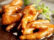 Ẩm thực - Bữa trưa hấp dẫn với món chân gà om xì dầu