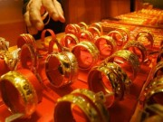 Tài chính - Bất động sản - Giá vàng hôm nay 31/8: Lao dốc không phanh