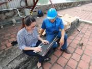 Tin tức trong ngày - Trải nghiệm wifi miễn phí trên phố đi bộ quanh Hồ Gươm