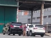 Thị trường - Tiêu dùng - Tiếp vụ nhập xe sang diện biếu tặng: Chây ỳ báo cáo