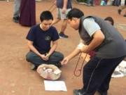 Bạn trẻ - Cuộc sống - Chàng trai Việt giả ăn xin ở Nepal và bất ngờ xảy đến