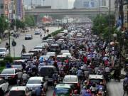"""Tin tức trong ngày - Ảnh: Dân ùn ùn về quê nghỉ lễ, Thủ đô """"không lối thoát"""""""