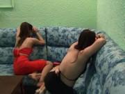 An ninh Xã hội - Quán karaoke chui cho nữ tiếp viên mặc yếm tiếp khách