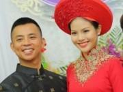 Ca nhạc - MTV - Cô dâu kém 20 tuổi của Chí Anh lộ bụng bầu trong lễ ăn hỏi