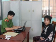 An ninh Xã hội - Công an phường bị chém nhiều nhát lúc tuần tra