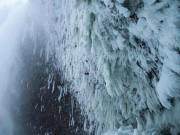 Leo núi khó nhất Trái đất: Kinh hồn bạt vía