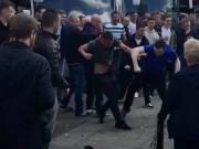 Bóng đá - Hậu MU - Man City: Fan cuồng xô xát trên đường phố