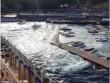 """Du thuyền 134.000 tấn tạo """"sóng thần"""" đánh đắm tàu"""