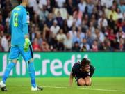 """Bóng đá - SAO PSG """"chân gỗ"""" khó tin trước cầu môn Arsenal"""