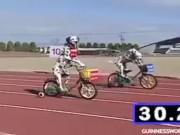"""Video Clip Cười - Clip hài: Cuộc đua xe đạp """"chậm"""" nhất mọi thời đại"""