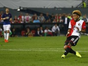 Bóng đá - Tranh cãi: MU thủng lưới oan trước Feyenoord?