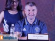 """Huyền thoại MU """"choáng"""" với fan Việt, thích Ronaldo hơn Cantona"""