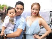 Con trai Khánh Thi hút mọi sự chú ý bên bố mẹ
