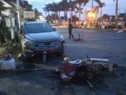 Ô tô Santa Fe húc văng 7 xe máy tại Quảng Trị