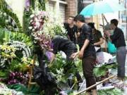 Ca nhạc - MTV - Mưa tầm tã trong ngày cuối viếng ca sĩ Minh Thuận