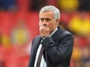 """Bóng đá - MU: Mourinho """"bạc đãi"""" học trò, trách móc Van Gaal"""