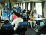 Tin tức trong ngày - Mua vé tàu Tết Đinh Dậu: Có thể thanh toán sau 72 giờ