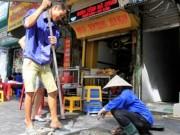 Tin tức trong ngày - Vỉa hè HN: Thành phố yêu cầu lát đá, quận muốn lát gạch