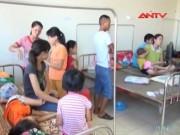 Gần 100 người ngộ độc sau đám cưới ở Nam Định