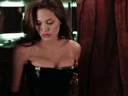 """Bị vào top kém cỏi  """" chuyện ấy """" , Angelina Jolie tuyên bố gây sốc"""