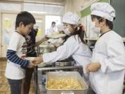 Giáo dục - du học - Có gì đặc biệt trong bữa trưa của học sinh Nhật Bản?