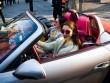 Phụ nữ Thượng Hải vung tiền mua khí chất sang chảnh đỉnh cao