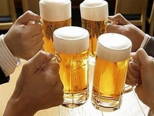 Uống bao nhiêu rượu bia để không phải đi viện ngày Tết? - 3